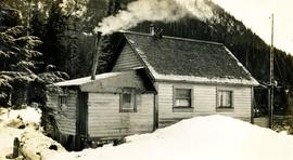Cabin home of H.H. Welda