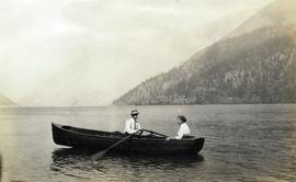 Boaters on Alta Lake