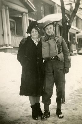 "Soldier ""Bob"" and his mother"