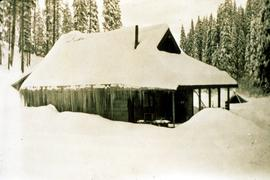 Aleza Lake cookhouse in winter