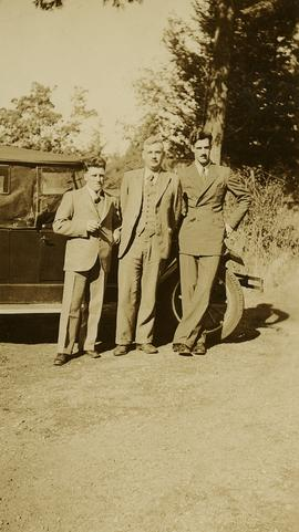 Jack Lee, Philip Monckton, and Gordon Wyness by car at Monckton's residence
