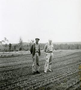 Rolf Hellenius and Roy Scully at Red Rock Nursery