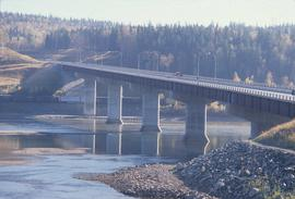 Yellowhead Bridge
