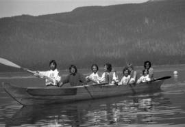 Iona Campagnolo with Grizzlies canoe team near Kitimat