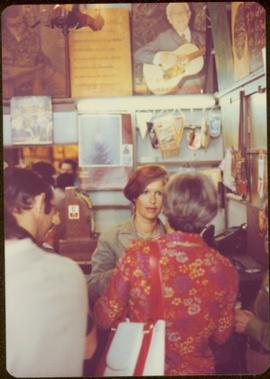 Ministry of Sport Tour - Minister Iona Campagnolo speaks to unidentified woman in La Bodeguita, H...