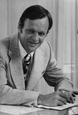 Jean Chretien at desk