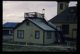 Atlin - House with a Roof Patio