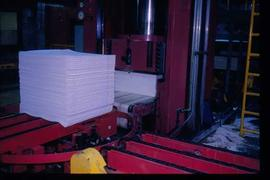 Pulpmill - General - Piling of finished paper product