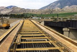 New concrete bridge on the CNR Okanagan Branch