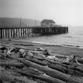Wharf at Sechelt village