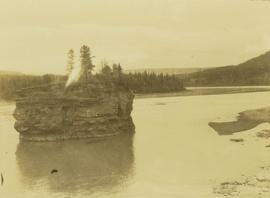 Island along the Peace River above Hudson's Hope