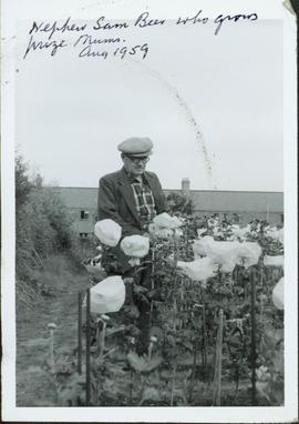 Family photographs from England: Nephew Sam Beer who grows prize Mums