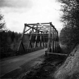 Wooden truss bridge in north Washington