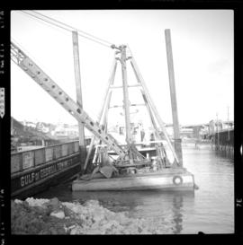 Clamshell dredge, False Creek