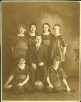 Portrait of Violet Taylor's Basksetball Team