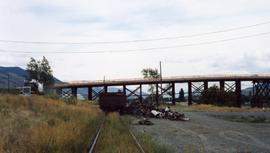 CN spur abutting Red Bridge