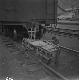 Equipment on rail line