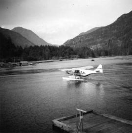 Float plane landing at Gold River