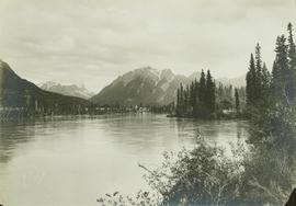 Landscape perspective of the Athabaska River at Swifts