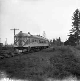 C.P.R. dayliner leaving Courtenay Depot