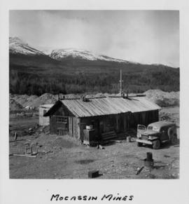 Building at Moccassin Mines