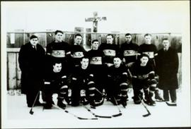 Men's Hockey Team