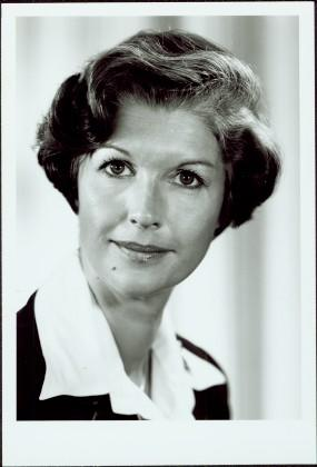 2009.6.1.256 - Official Portrait of Iona Campagnolo as Minister of State, Fitness and Amateur Sport, 1978-1979