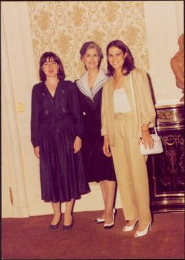 Paris Press Conference - Iona Campagnolo poses with two unidentified women