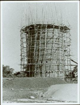 Bangladesh : Tower with scaffolding