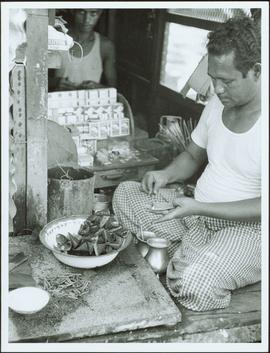Bangladesh : Food vendor