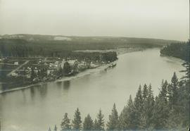 Panorama perspective of South Fort George and the Fraser River