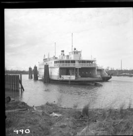 "B.C. Ferry Authority Vessel M.V. ""Jervis Queen"""