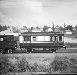 """Dunrobin"" locomotive and saloon coach"